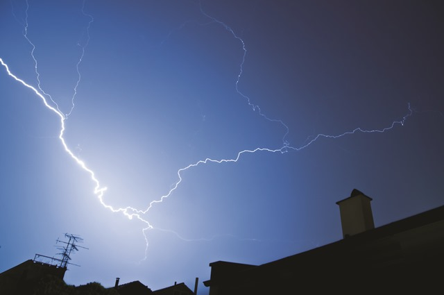 Don't Get Caught in Home Improvement Fraud After A Storm