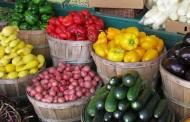 Steps to prevent foodborne illness when eating fresh produce