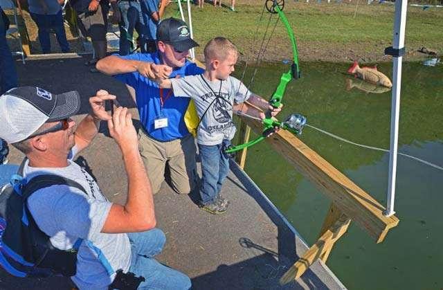 Bowfishing brings big smiles at free Wildlife Expo