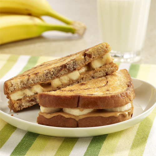 Grilled Bananas with Peanut Butter