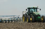 U.S. CORN PLANTING PACE PICKS UP, REMAINS SHARPLY BEHIND
